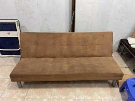 Sofa bed bekas brand Informa