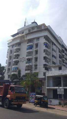Laxury flat in Pettah junction. Close to Airport, malls and hospital