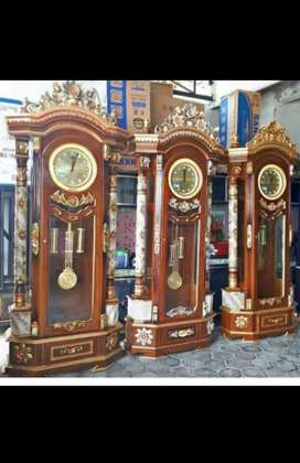 jam gadang lemari bahan kayu jati dan sudah free ongkir dan bisa cod