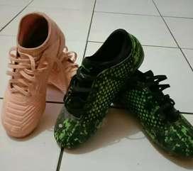 Sepatu bola anak PUMA