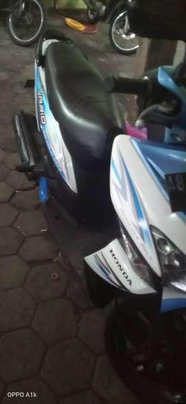 Sepeda motor honda vario