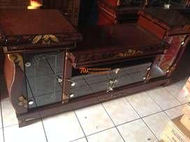 megah elegan rak tv crystall bahan kayu