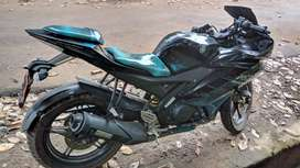 Sell my Yamaha R15 V2 good condition