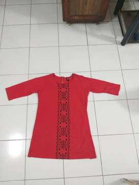 Red brand new top XL