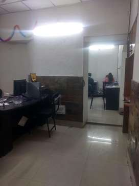 This is 400 sqt feet office for rent in darshanlal chowk