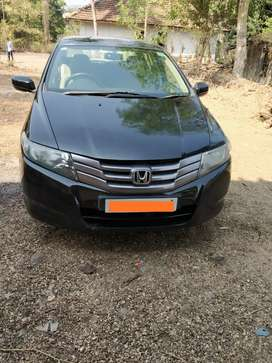 Honda City in excellent condition available in Mumbai