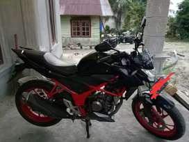Dijual  cepat Honda CB150R