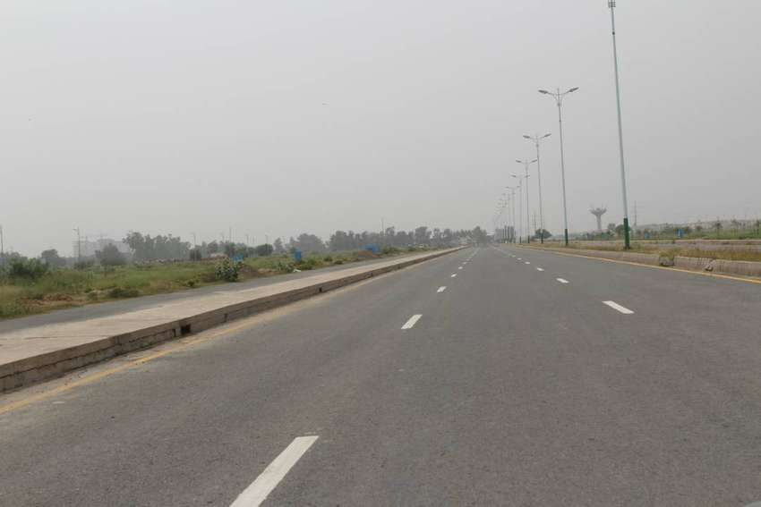 10 MARLA PLOT BLOCK E PHASE 2 NEAR TO PARK FOR SALE IN AWT 0