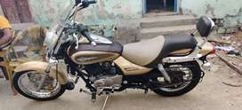 Good condition Bajaj avenger 220 gold color
