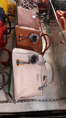 Maan bag and shoes 65