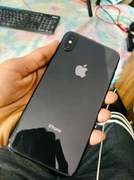 iPhone Xs max 512 GB all accessories available