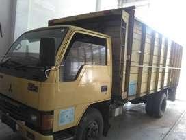 Dijual Truk Mitsubishi Tahun 2006