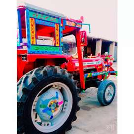 Selling Tractor Massey Forgusn 240