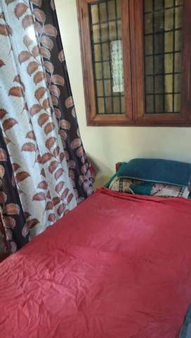 Well furnished single room and dormatarry for employees gents only