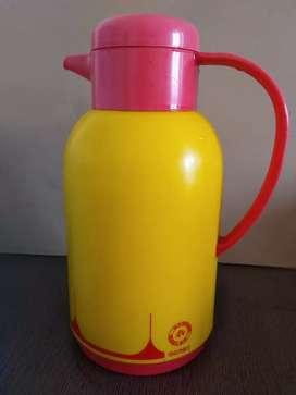 Hot jug in bright yellow