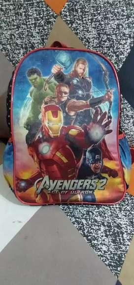 Tas Sekolah Anak TK dan SD. Motif Avengers. Mulus. Nominus.