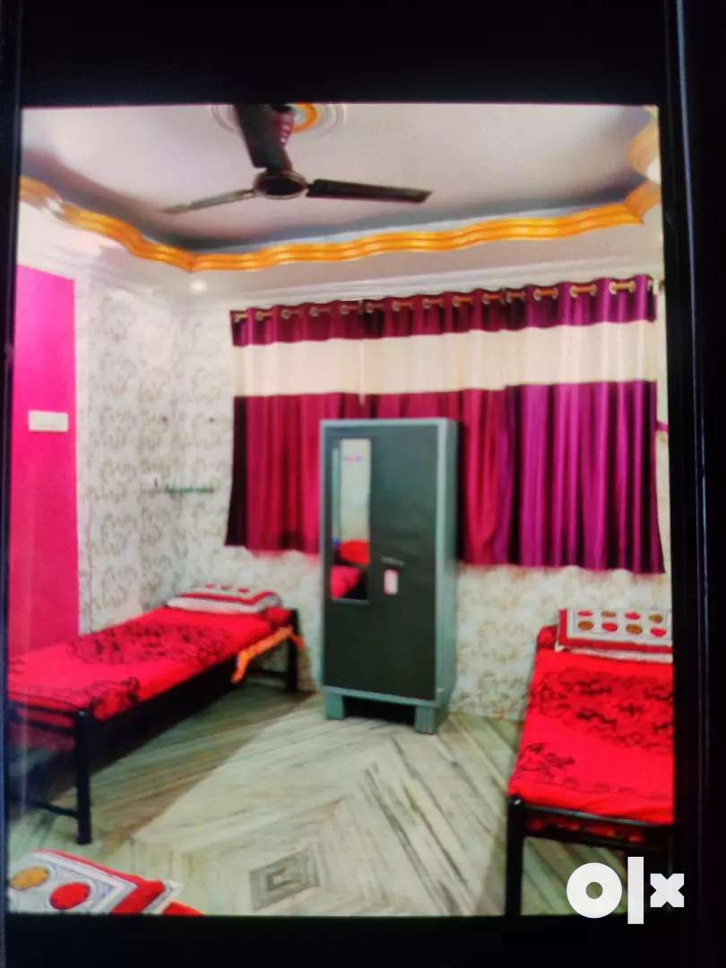 Furnished P.G. for male/female in Airoli 5min walk 0
