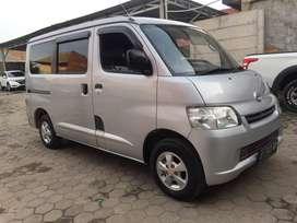 Daihatsu granmax minibus mt 2014