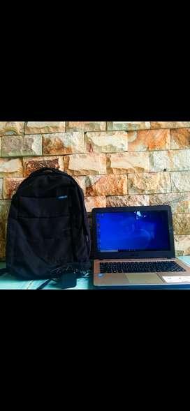 Laptop asus x441m