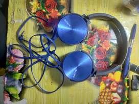 Sony headphone MDRXB 450, 2 pen  sandick 16 gb, Logi tech  k220,VR Box