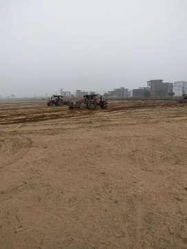 Fully developed plots on Shaheed path