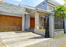 Rumah Halaman Luas Jalan Kaliurang Km 8.5 Tanah 350