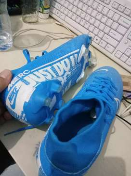 Sepatu Bola Nike No 41