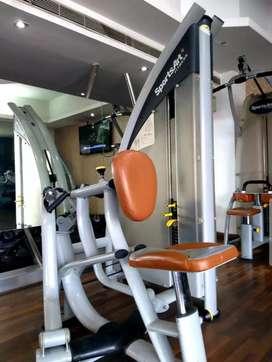 30 gyms and cardio setups