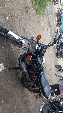 Yamaha rx 100 well mentained bike