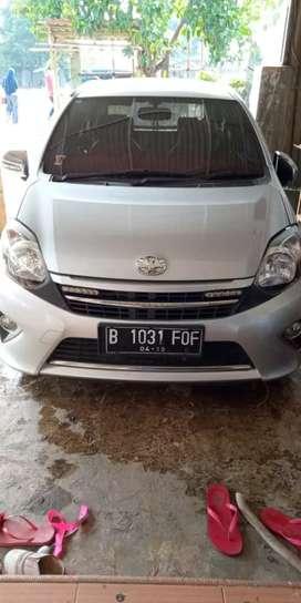 Dijual Toyota Agya tahun 2014 automatic pajak mati 3 tahun