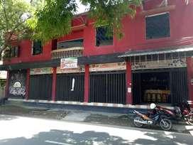 Bangunan Tempat Usaha Strategis Pusat Jalan Raya favorit di Madiun