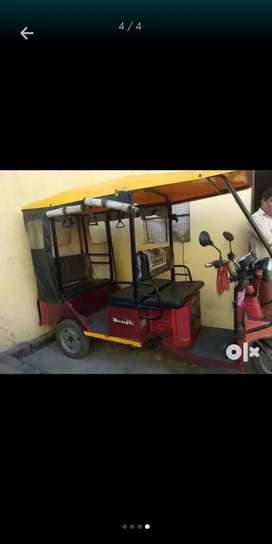 One year old baterry rickshaw in good condition