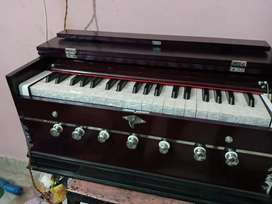 Best QualityHarmonium amazing sound qualitywith proper tuning in offer