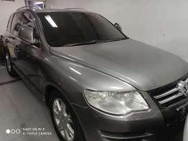 VW Touareg 2008 AT bensin 3.5 V6 tangan pertama istimewa bajak hidup