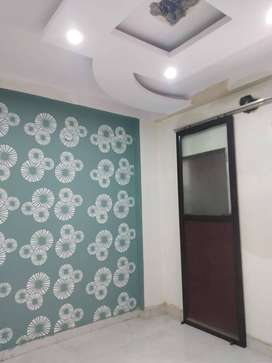 3bhk builder floor at best location in uttam nagar at attractive price