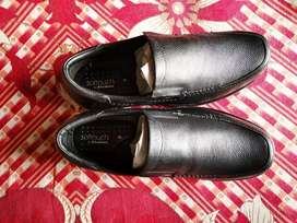 Khadim's Softouch' Shoes'