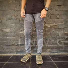 Celana Bikers Jeans Ripped Sobek bukan Levis Wrangler Zara Uniqlo