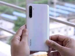 Realme XT (Pearl White, 64 GB)  (4 GB RAM)