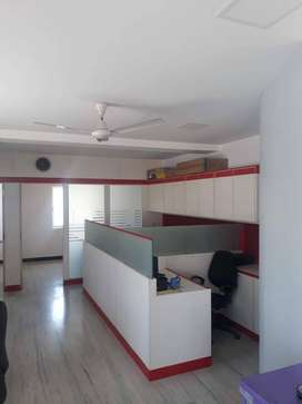 Anna statue 1000 sq ft furnished office with10 to 15 work station rent