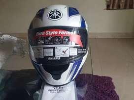 Jual helm yamaha full face ori. Harga Rp 350.000