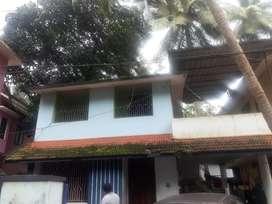 4 laksham panayam .house upstair portion. Paropadi