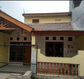 Rumah kontrakan 7 pintu dijual dengan harga murah (A2238)