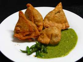 Samosa and pakora cook