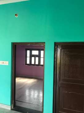 3 BHK Floor for rent