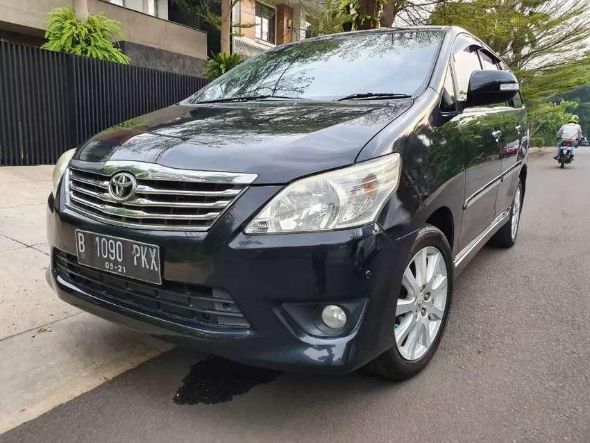 Kijang Innova V AT bensin 2011 irit bbm dp 5 jt 0