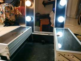 Koper Makeup Lampu