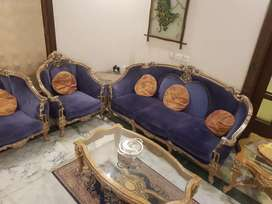 5 seater sofa set with 2 side tables and 1 centre table full set