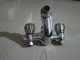 Jaquar Main Mixer and Basin mixer tap only 6 month old