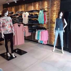 112 sqft Commercial Shop for Rent In Rajouri Garden