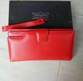 Dompet Wanita Kulit Asli Warna Merah